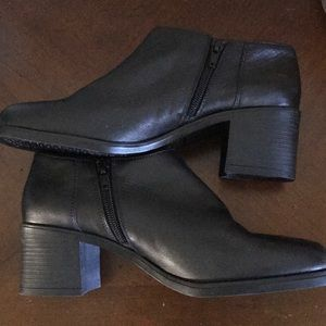 Damiani's Black Leather Booties Italian SZ 8.5 W